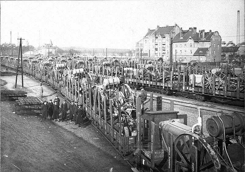 Tehnikas izvešana uz Franciju 1920. gadā.