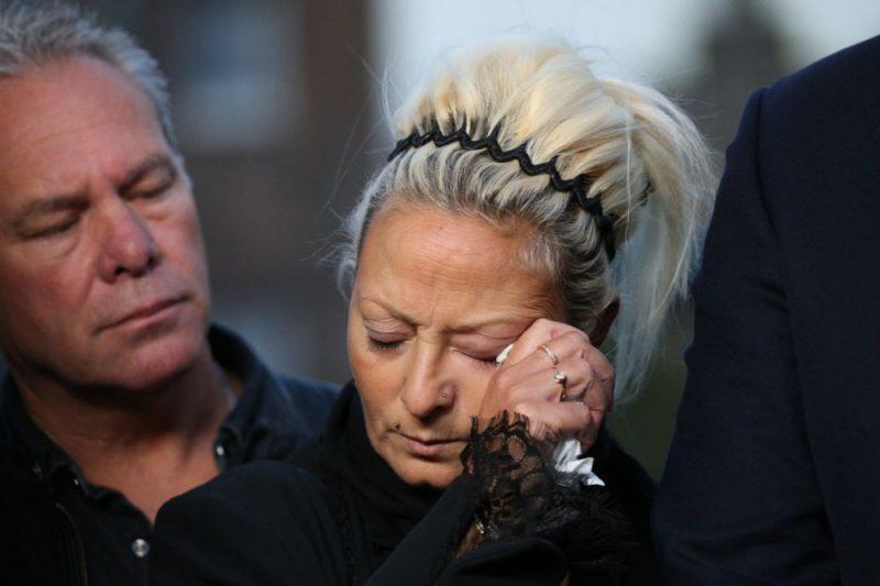 Bojāgājušā 19 gadus vecā brita Harija Danna vecāki