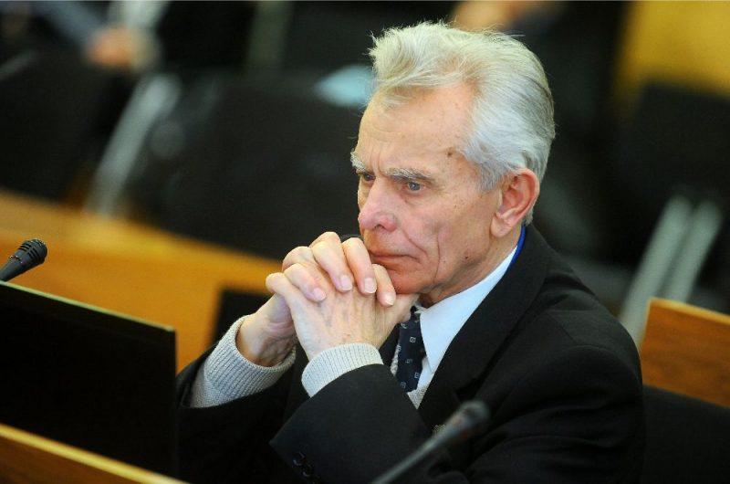 Jānis Ločmelis.