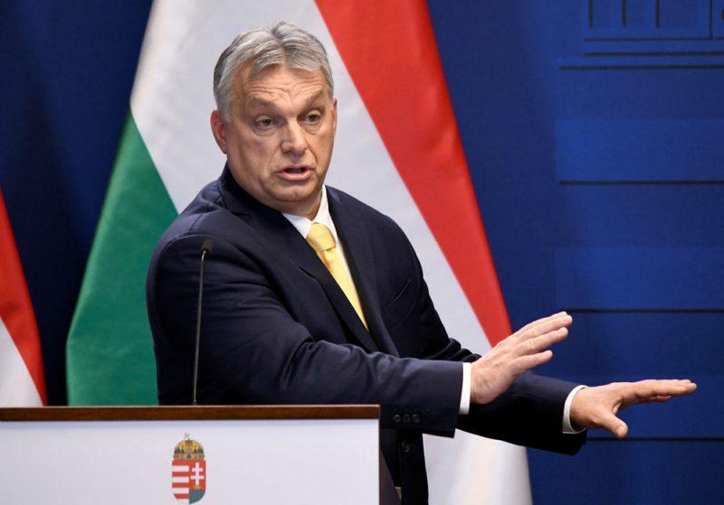 """Ungārijas premjerministrs Viktors Orbāns 9. janvārī preses konferencē Budapeštā paziņoja, ka gatavs nākt klajā ar jaunu iniciatīvu vai """"jaunu kustību""""."""