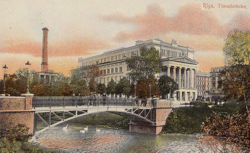 Timma tilts 20. gs. sākumā.