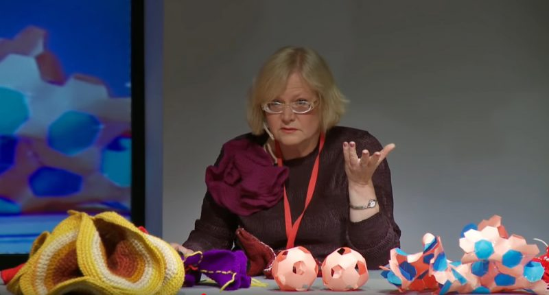 Kornela universitātes profesores Dainas Taimiņas TedX uzruna.