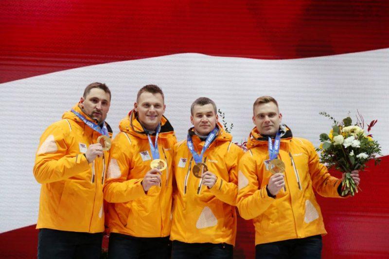 Olimpiskie čempioni bobslejā – Oskars Melbārdis, Daumants Dreiškens, Arvis Vilkaste un Jānis Strenga.