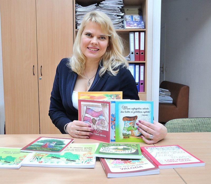 """Velga Līcīte-Meldere: """"Eseju tēmas ir ļoti dažādas, bet visas stāsta par to, kā bērni jūtas Latvijā."""""""