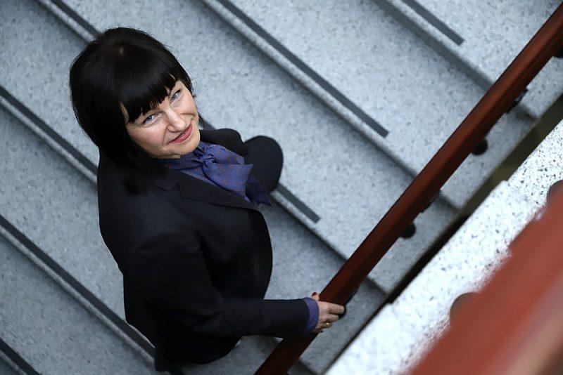 """Sanita Osipova: """"Demokrātija var pastāvēt tikai caurspīdīgā procesā, visu būtisko publiski izrunājot. Tad šādi lēmumi sabiedrībā tiks saprasti un arī atbilstoši atzīti."""""""