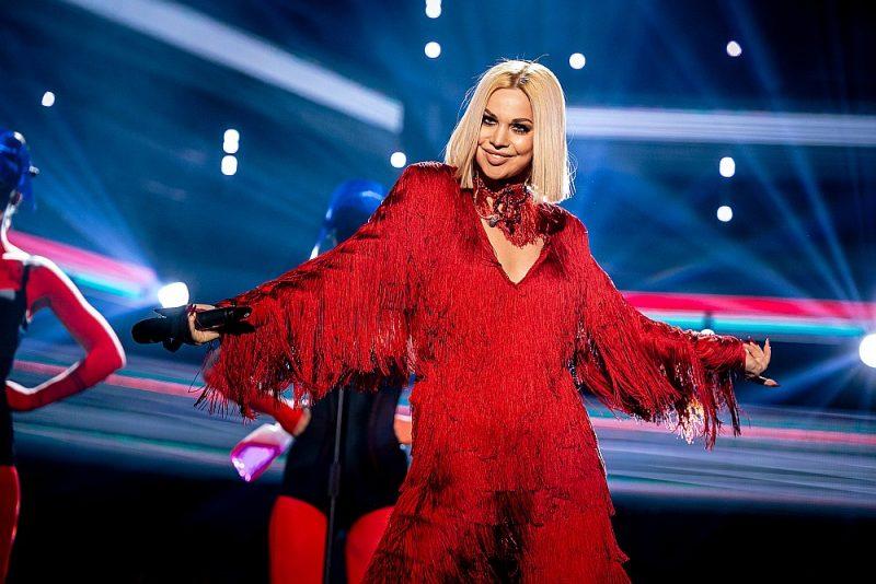 """Latviju Eirovīzijas dziesmu konkursā Roterdamā pārstāvēs Samanta Tīna ar dziesmu """"Still Breathing""""."""