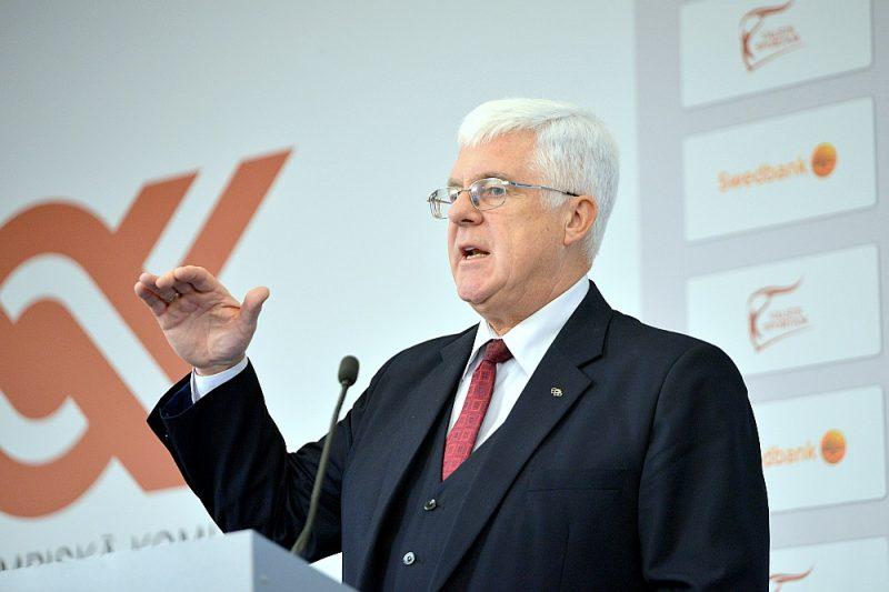 Aldons Vrubļevskis LOK vadībā nostrādājis 32 gadus, ieskaitot 16 gadus prezidenta amatā.