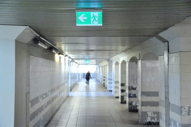 Autoosta, dzelzceļa stacija un Centrāltirgus 24. martā, kad turpinās ārkārtas situācija Covid-19 dēļ.