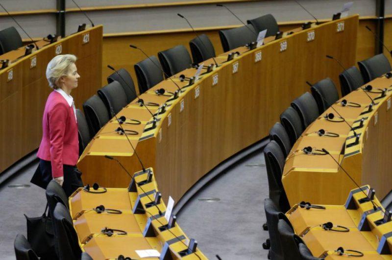 EP plenārsēdē pirmo reizi izmantos balsošanas procedūra pa e-pastu, tā ļaujot balsojumos piedalīties arī deputātiem, kuri nevarēs piedalīties sēdē klātienē.
