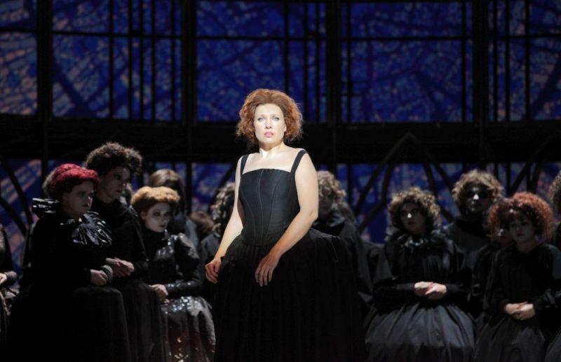 """Skats no operas """"Fausts""""."""