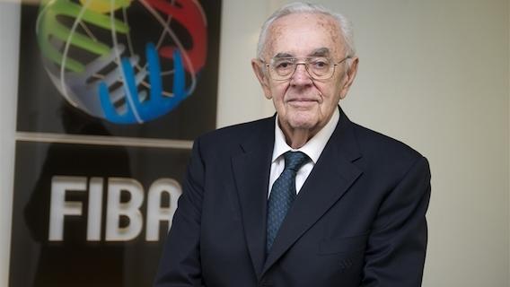 Borislavs Stankovičs bija ilggadējs FIBA ģenerālsekretārs.