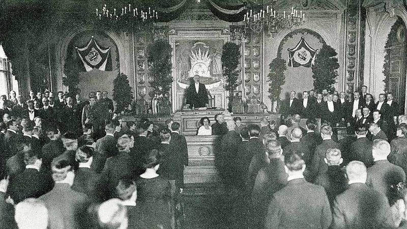 Satversmes sapulces atklāšana. 1920. gada 1. maijs.