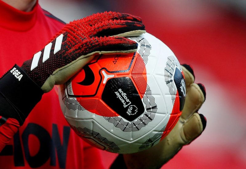 Anglijas futbola premjerlīgai būs jāmaksā 762 miljonu sterliņu mārciņu (865 miljoni eiro) sods, ja sezona netiks turpināta koronavīrusa Covid-19 dēļ.