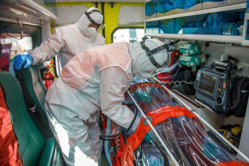 NMPD iegādājies īpašu aprīkojumu smagi slimu Covid-19 pacientu transportēšanai.