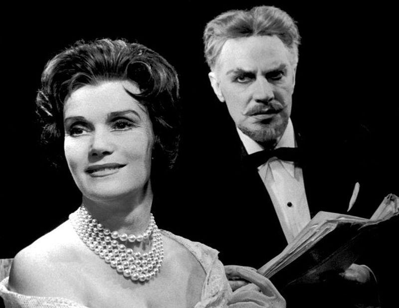 """Stella Kempbela – Lidija Freimane, Džordžs Bernards Šovs – Edgars Zīle. """"Mīļais melis"""" (1962)."""