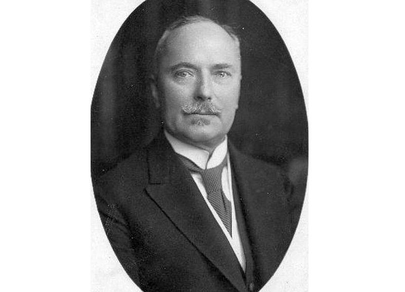 Pirmais Latvijas sūtnis Berlīnē Oskars Voits (1866–1959).