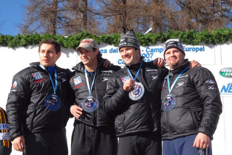 No ASV bobsleja četrinieka mūžībā devušies Pavle Jovanovičs (pa kreisi) un Stīvens Holkombs (pa labi).