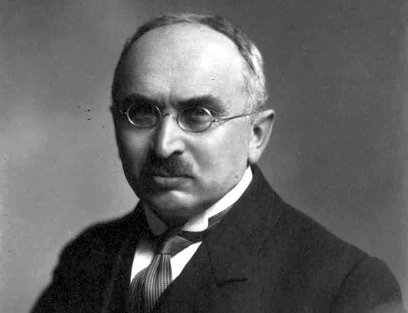 Sociāldemokrāts Ansis Buševics piedalījās Latvijas valsts izveidošanā un nostiprināšanā, bet 1940. gada vasarā kļuva par vienu no brīvās Latvijas kapračiem.