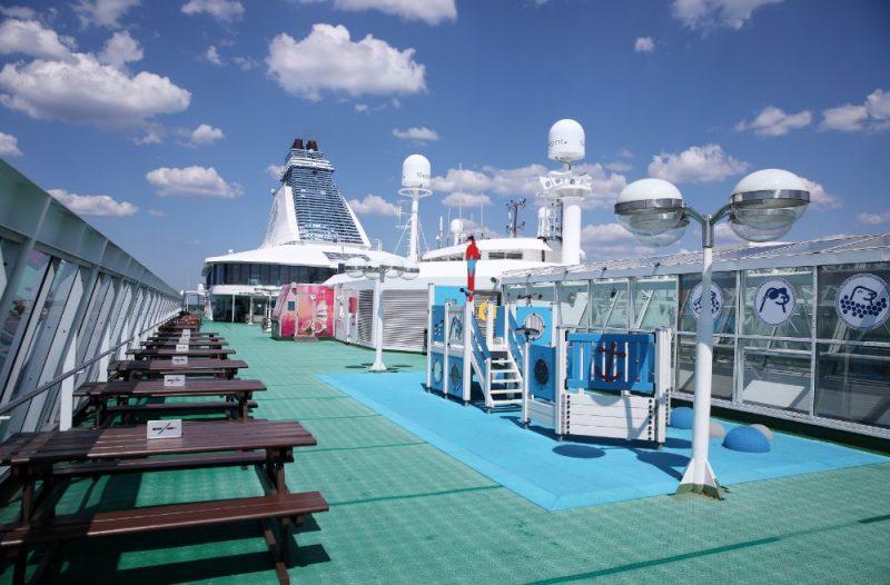 """Rīgā pirmajā reisā ieradies """"Tallink grupas"""" kuģis """"Silja Serenade""""."""