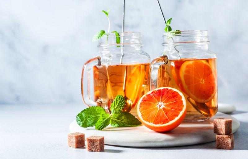 Apelsīnu dzēriens.