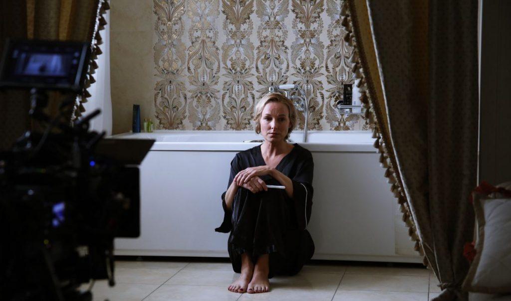 """Kristīne Nevarauska atveido vienu no galvenajām lomām jaunajā seriālā """"Bezvēsts pazudušās""""."""