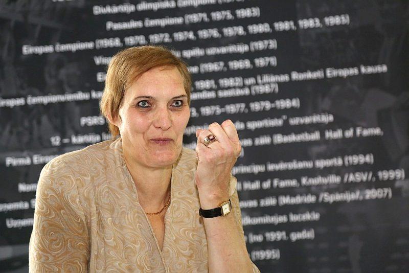 Uļjana Semjonova ir visu laiku izcilākā Latvijas basketboliste.