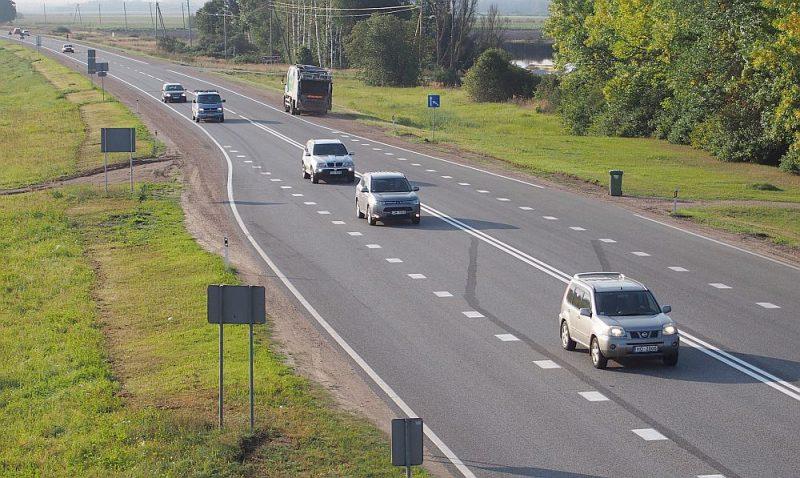 Rīgas apvedceļš pie Mārupes – plūsmas blīvums tālu no kritiskā līmeņa.