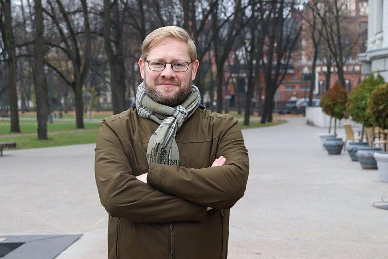 """Džeids Vils: """"Pirms dažām dienām pabeidzu sastādīt un tulkot latgaliešu dzejas antoloģiju, kurai jāiznāk līdz oktobrim."""""""