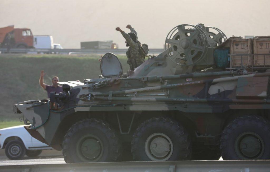 Militāra tehnika Azerbaidžānas ielās 27.septembrī.