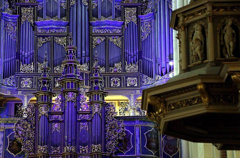 """Vecākais Latvijas festivāls """"Rīgas Doms"""" savā 33. gadskārtā no 17. jūlija līdz 18. septembrim piedāvā deviņus koncertus."""