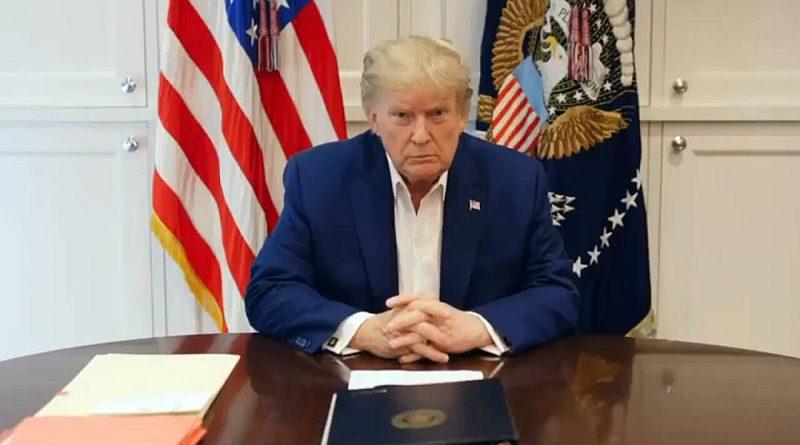 """Prezidents Donalds Tramps sestdien izplatīja videoierakstu, kurā apgalvoja, ka jūtoties daudz labāk, un solīja """"drīz atgriezties""""."""