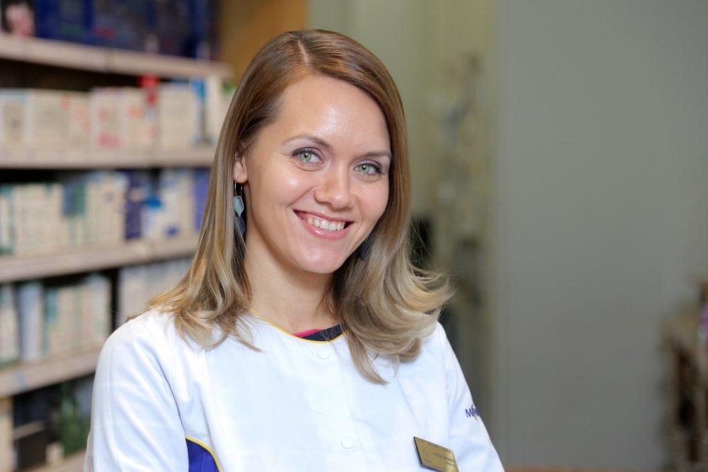 """Rīgas """"Vecpilsētas aptiekas"""" vadītāja Linda Fevraļeva."""
