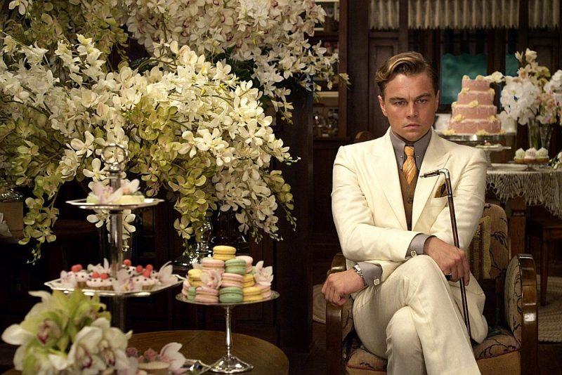 """Kadrs no Baza Lūrmena filmas """"Lielais Getsbijs""""."""