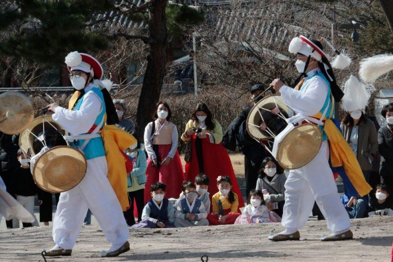 Ikdienas dzīve pandēmijas laikā Dienvidkorejā.