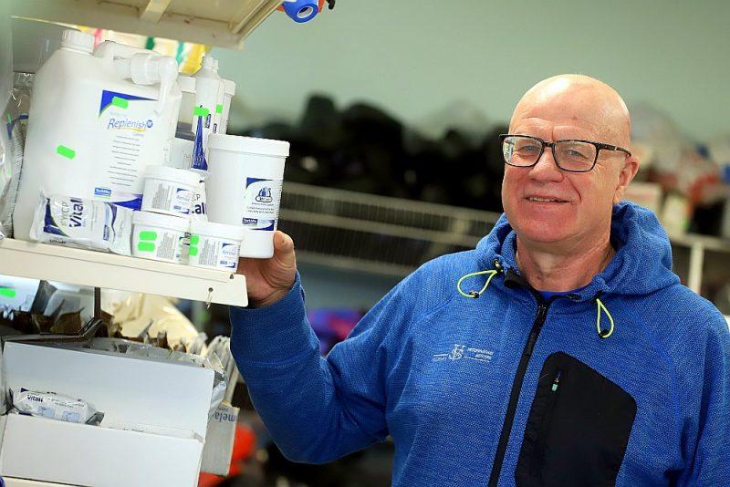 """SIA """"Vidzemes veterinārais serviss"""" veterinārārsts Egils Juitinovičs antibiotiku lietojumu savu sadarbības partneru ganāmpulkos 90 procentos gadījumu ir aizvietojis ar profilaktiskiem imūnsistēmu stiprinošiem līdzekļiem un vakcināciju."""